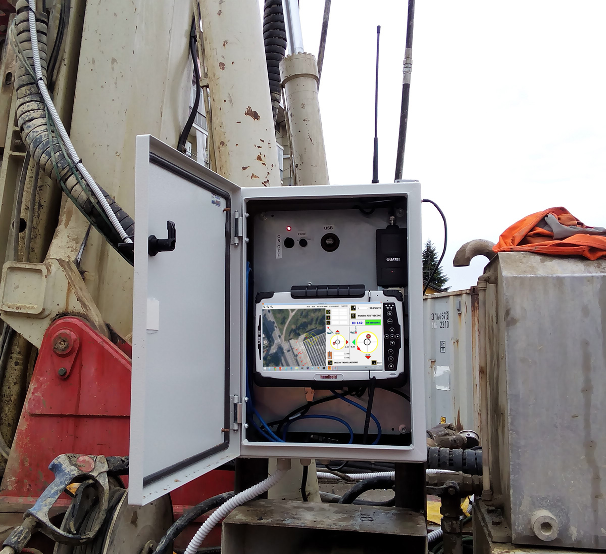 DAT instruments, GPS automatic drilling positioning box