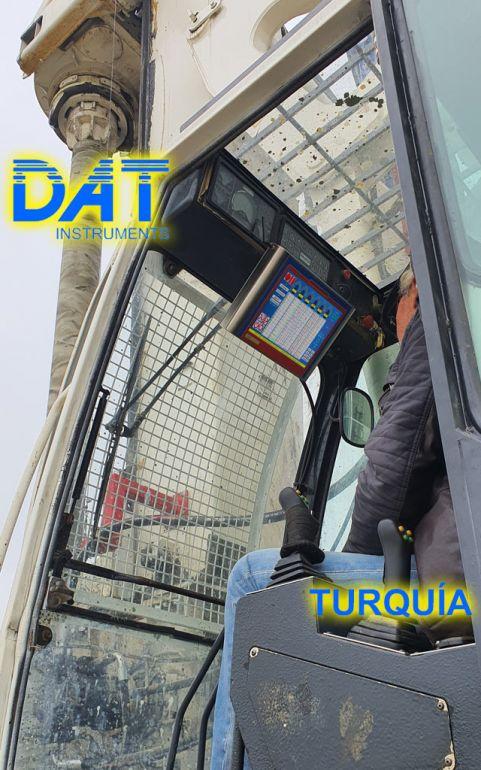 DAT Instruments, DAT TinyLog, datalogger, registrador de datos, Puerto de Karasu, datalogger en la cabina, soil mixing para ampliación de carretera