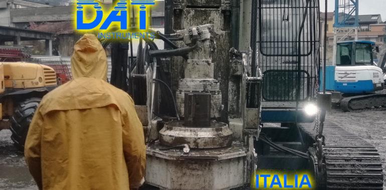 DAT instruments, DAT TinyLog, Italia-2019, datalogger, cimientos de edificio, Como, cimientos para un edificio