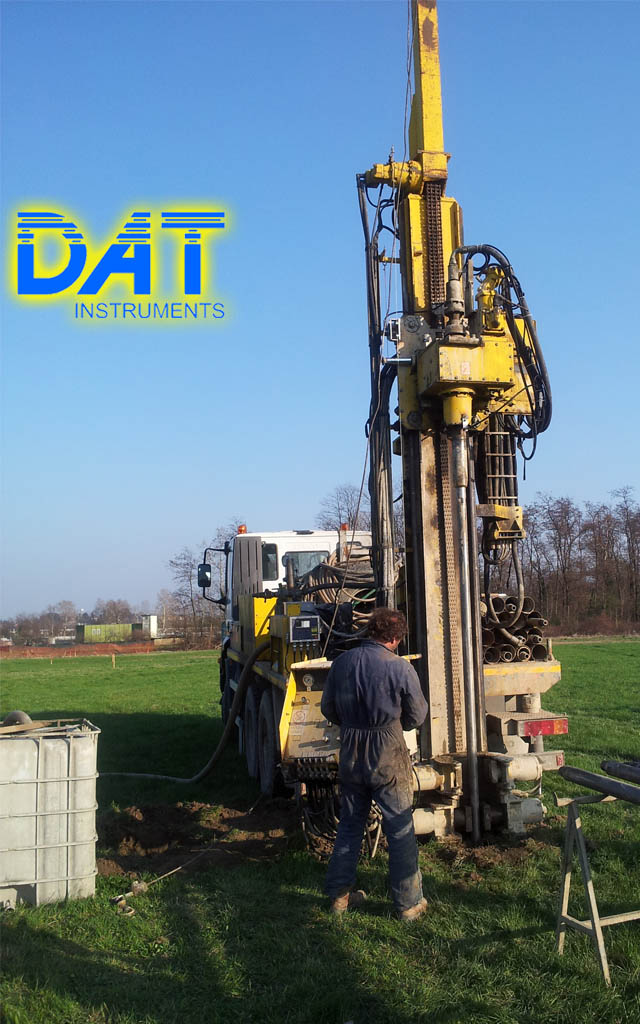 DAT instruments, datalogger, Italia, perforadora montada en camion