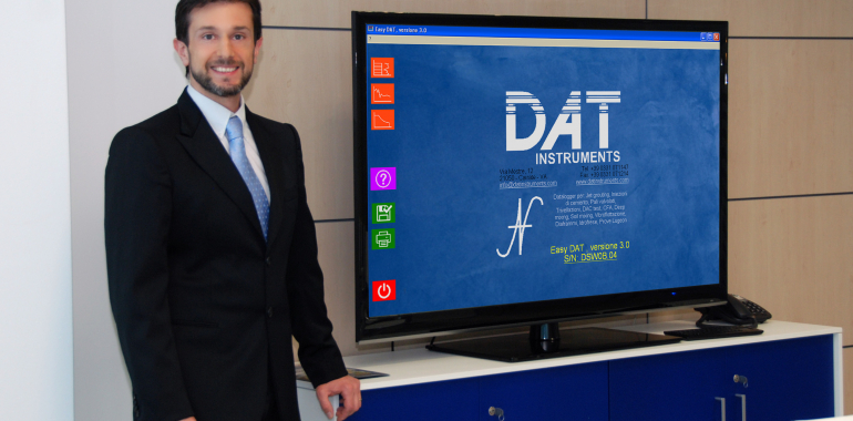Amedeo Valoroso, presentacion software Easy DAT