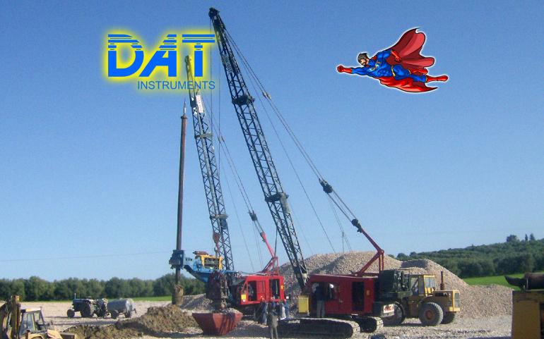 DAT instruments, DATman que vuela, superhéroe, obra vibrocompactacion, SCP